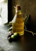 olive-oil-roberta-sorge-142255-unsplash.jpg