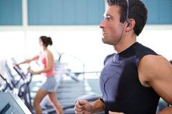 istock-man-woman-treadmill.jpg