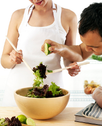 best-way-to-lose-weight-couple-salad.jpg