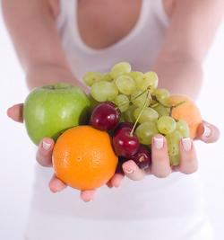 woman-fruit-get-slim.jpg